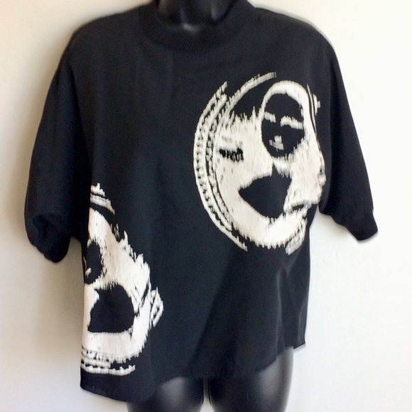 JBS Tops - Black T with Mona Lisa in White relief. Size XL